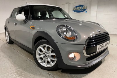 Mini Hatch Cooper D