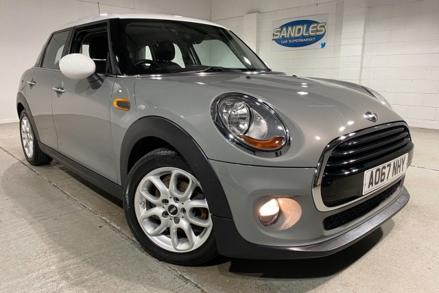 Mini Hatch 1.5 Cooper D 5dr Hatchback 2017