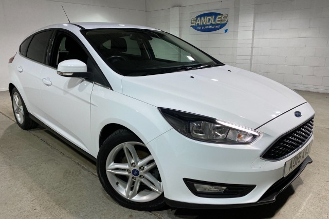 Ford Focus 1.0 Zetec 5dr Hatchback 2015