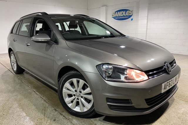 Volkswagen Golf 1.6 SE TDi Bluemotion Technology 5dr Estate 2013