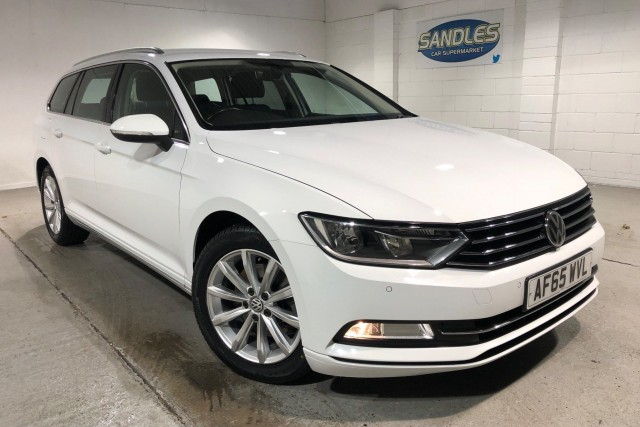 Volkswagen Passat 2.0 SE TDi Bluemotion Technology 5dr Estate 2015