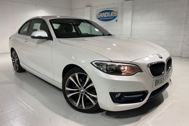 BMW 2 Series 2.0 220i Sport 2dr Coupe 2015