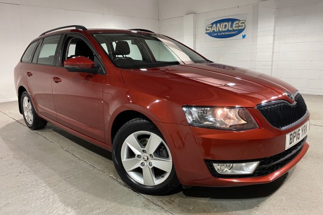 Skoda Octavia 2.0 SE Business TDi 5dr Estate 2016