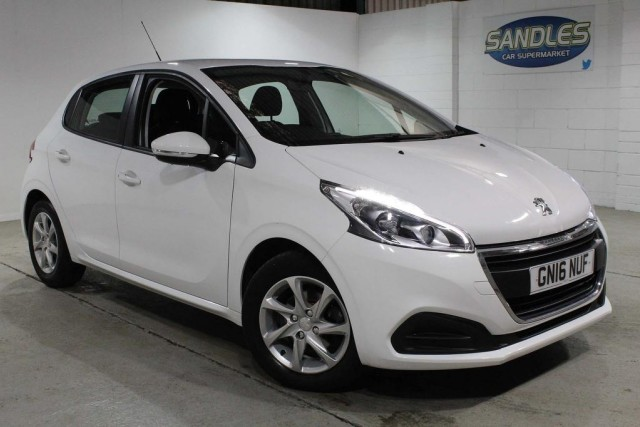 Peugeot 208 1.2 Active 5dr Hatchback 2016