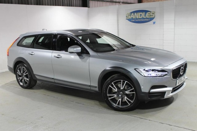 Volvo V90 2.0 D4 Cross Country Pro Awd 5dr Estate 2018