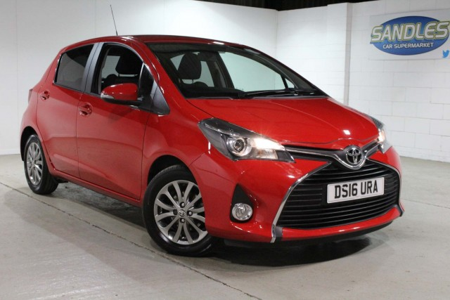 Toyota Yaris 1.0 VVT-i Icon 5dr Hatchback 2016