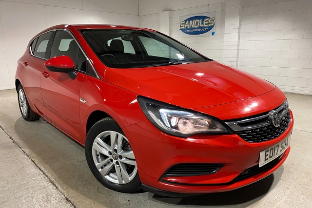 Vauxhall Astra 1.6 Tech Line CDTi 5dr Hatchback 2017