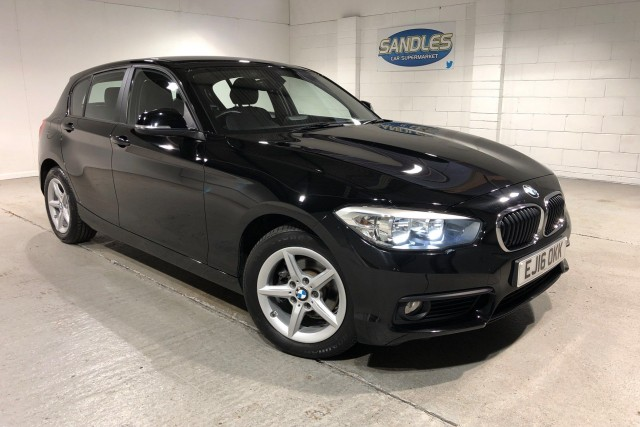 BMW 1 Series 1.5 118i Se 5dr Hatchback 2016