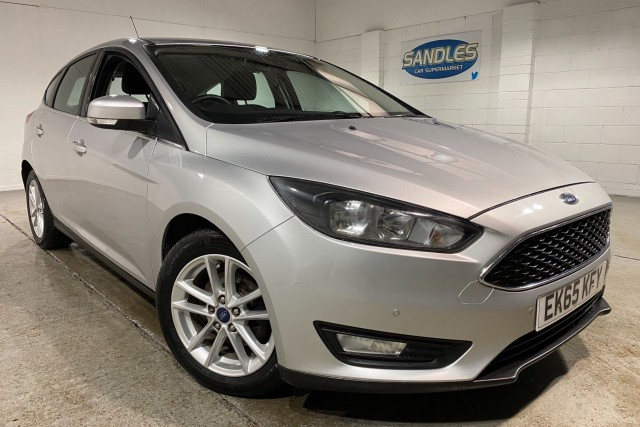 Ford Focus 1.6 Zetec 5dr Hatchback 2015