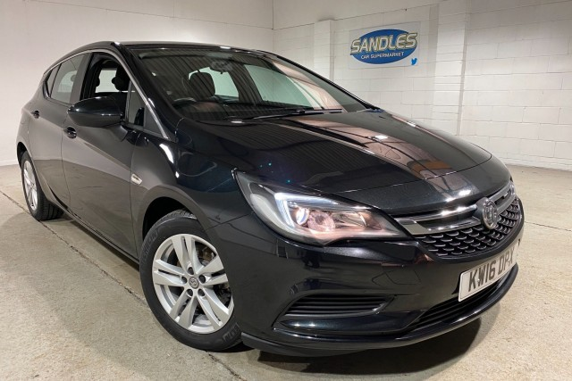Vauxhall Astra 1.6 Tech Line CDTi S/S 5dr Hatchback 2016