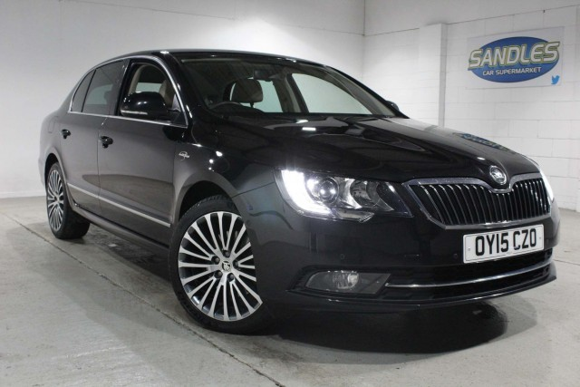 Skoda Superb 2.0 Laurin And Klement TDi Cr 5dr Hatchback 2015