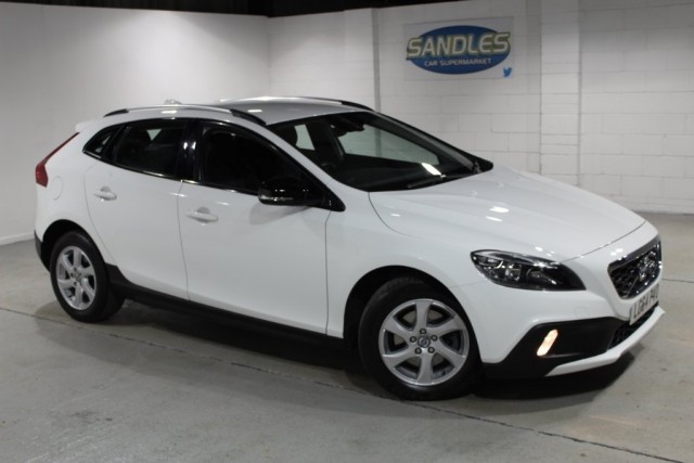 Volvo V40 1.6 D2 Cross Country Se 5dr Hatchback 2014