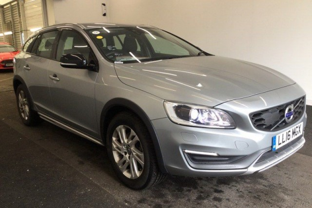 Volvo V60 2.0 D4 Cross Country SE Nav 5dr Estate 2016