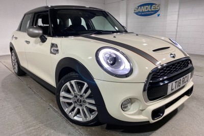 Mini Hatch Cooper S Seven