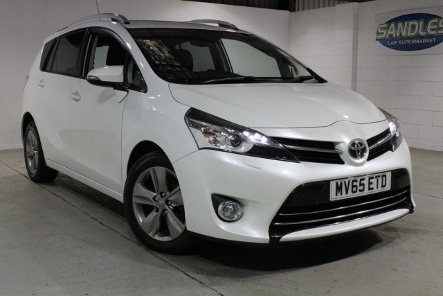 Toyota Verso 1.6 D-4d Excel 5dr MPV 2015