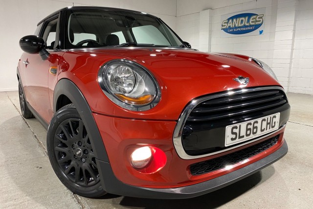 Mini Hatch 1.5 Cooper 3dr Hatchback 2016