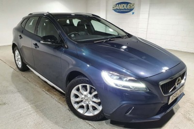 Volvo V40 D2 Cross Country Pro