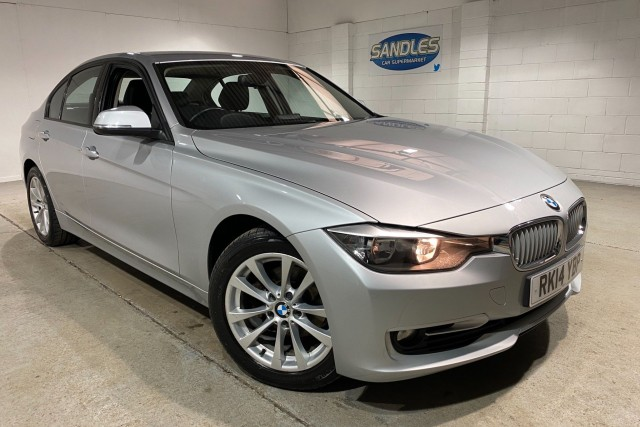 BMW 3 Series 2.0 318d Modern 4dr Saloon 2014