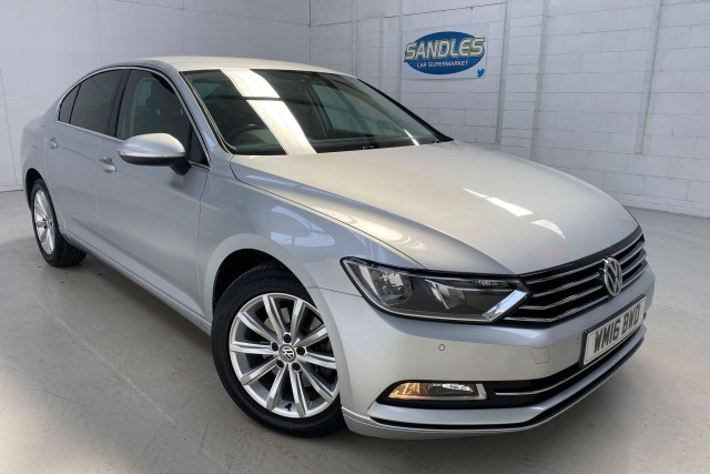 Volkswagen Passat 2.0 SE Business TDi Bluemotion Technology 4dr Saloon 2016