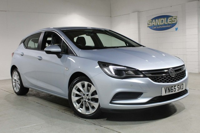 Vauxhall Astra 1.6 Tech Line CDTi 5dr Hatchback 2015