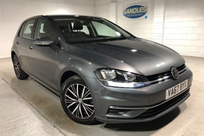 Volkswagen Golf Se Navigation Tdi Bluemotion Technology Dsg