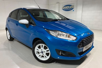 Ford Fiesta Zetec Blue Edition Spring