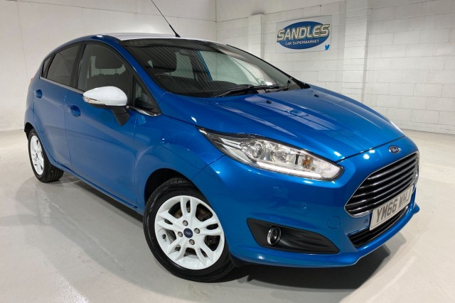 Ford Fiesta 1.2 Zetec Blue Edition Spring 5dr Hatchback 2017
